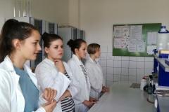 9.A v laboratořích